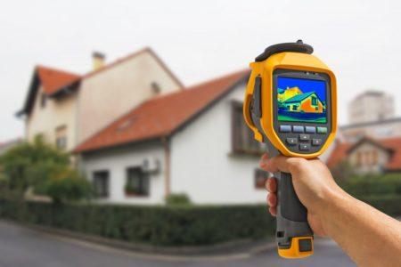 Gebäudethermographie Schneider Holzbau AG Wärmebildkamera
