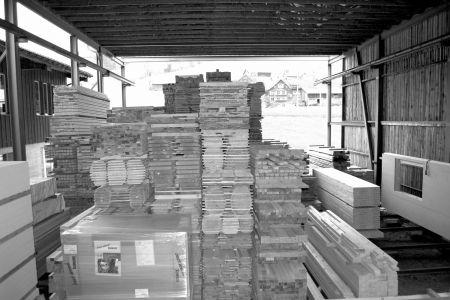 Latten Kantholz Holzmarkt Schneider Holzbau AGHolzmarkt Schneider Holzbau AG Bretter